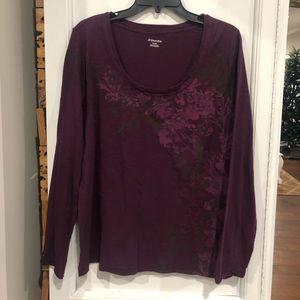 2/$12 burgundy top size XL